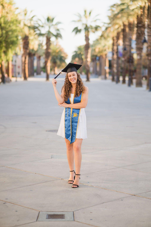 Graduate Holding Tassel